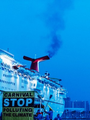 Carnival's Dirty ships cause climate pollution