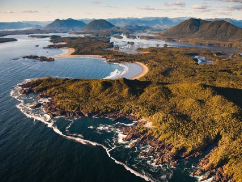Clayoquot-peninsula-aerial_W.-Barnes_Tofino-Photography-copyright