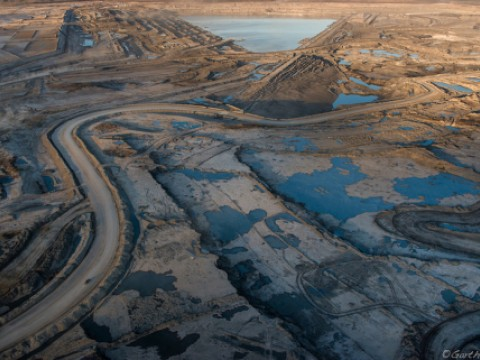 Suncor Millenium mining operation. Alberta Tar/Oil Sands, Northern Alberta.