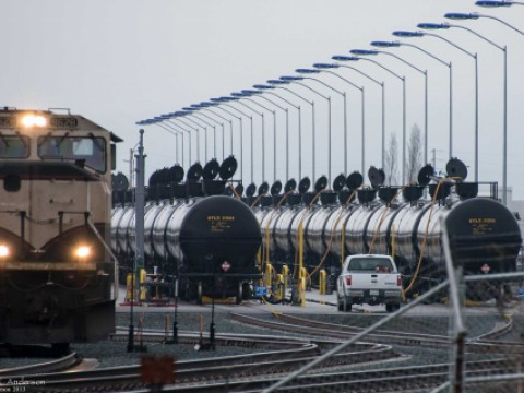 Oil trains being filled at on oil train terminal