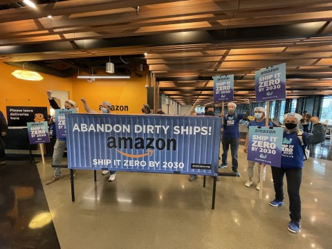 ship-it-zero-seattle-petition-delivery